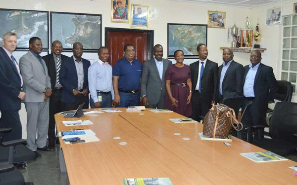 A group photo from the meeting with the South African delegation